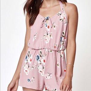 NWT• Kendall & Kylie Floral Print Romper